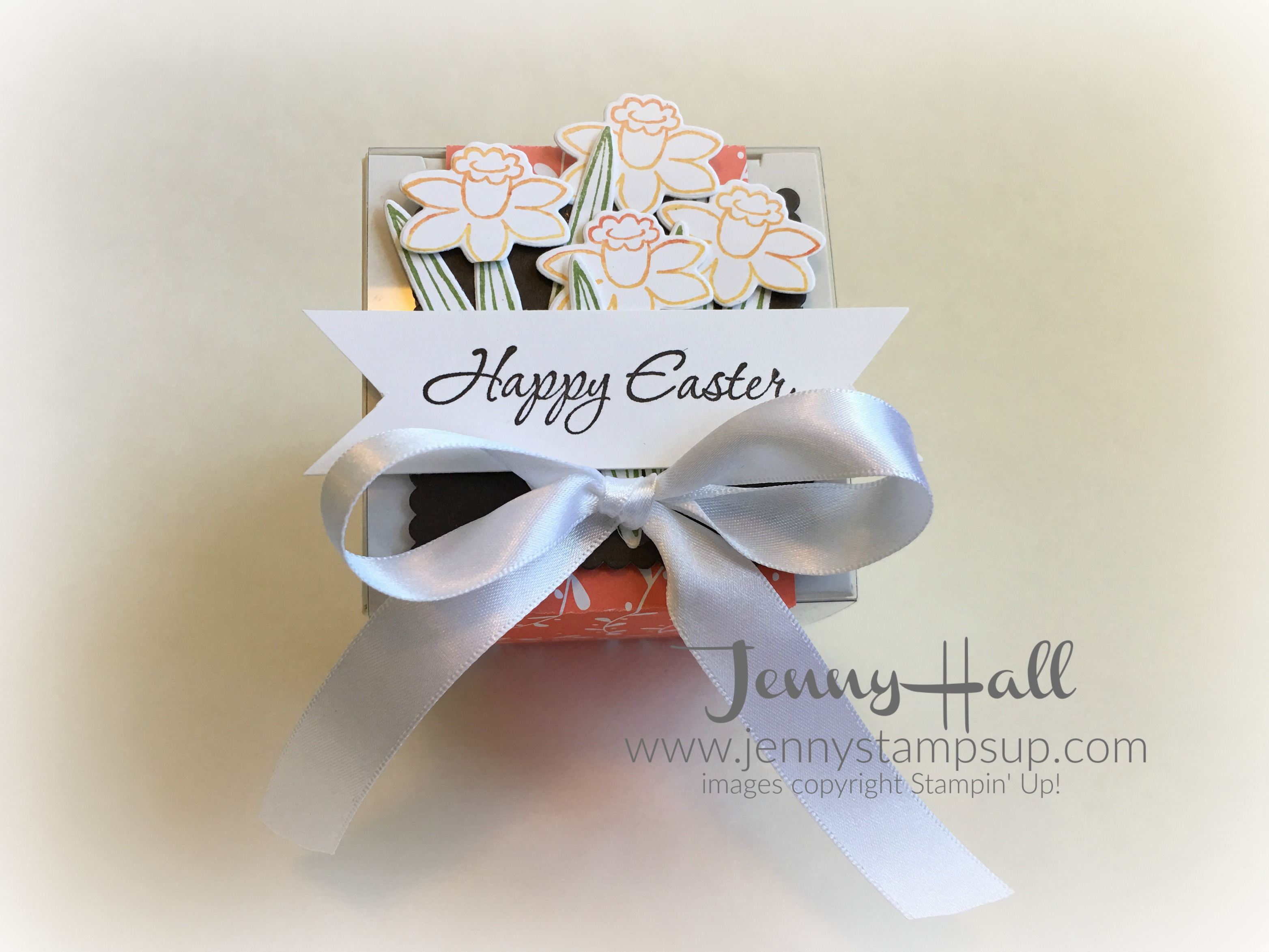 Decorated Easter gift box by Jenny Hall www.jennystampsup.com